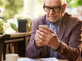 TechnologyiS-Apps_for_Caregiving_and_Dementia_Care_Make_Life_Easier-iStock-845900426
