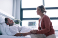 HospitaliS-10_Ways_to_Make_a_Loved-One_s_Hospital_Stay_More_Comfortable-iStock-841163454 (1)
